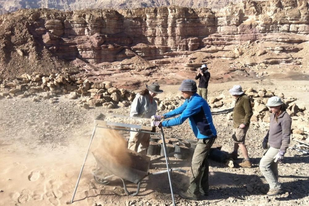 Fouilles archéologiques sur le site de Timna - mines du roi Salomon.